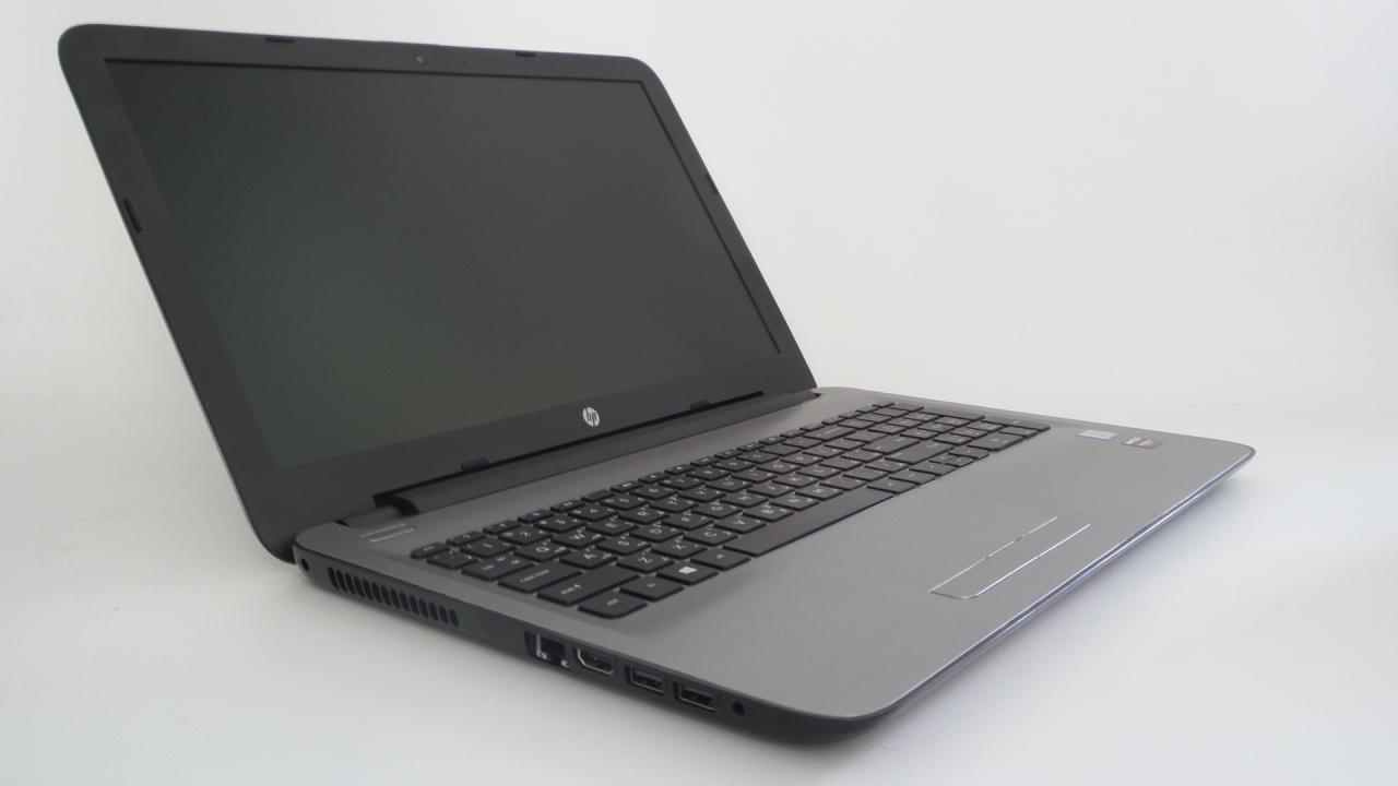 HP GAMING LAPTOP 15-ay132ne i7-7500U 3 5GHz 8GB 1TB AMD Radeon R7